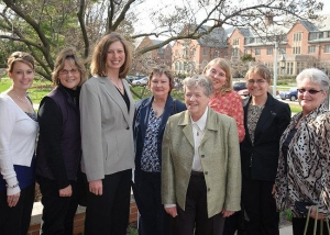 MSUE cohort graduates with Dr. Simon