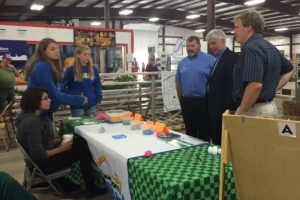 Rep. Ed McBroom & Gov. Rick Snyder interact with 4-H volunteers at the at the Upper Peninsula State Fair.