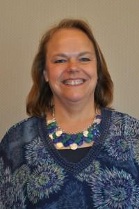 Headshot of Glenda Weiss.